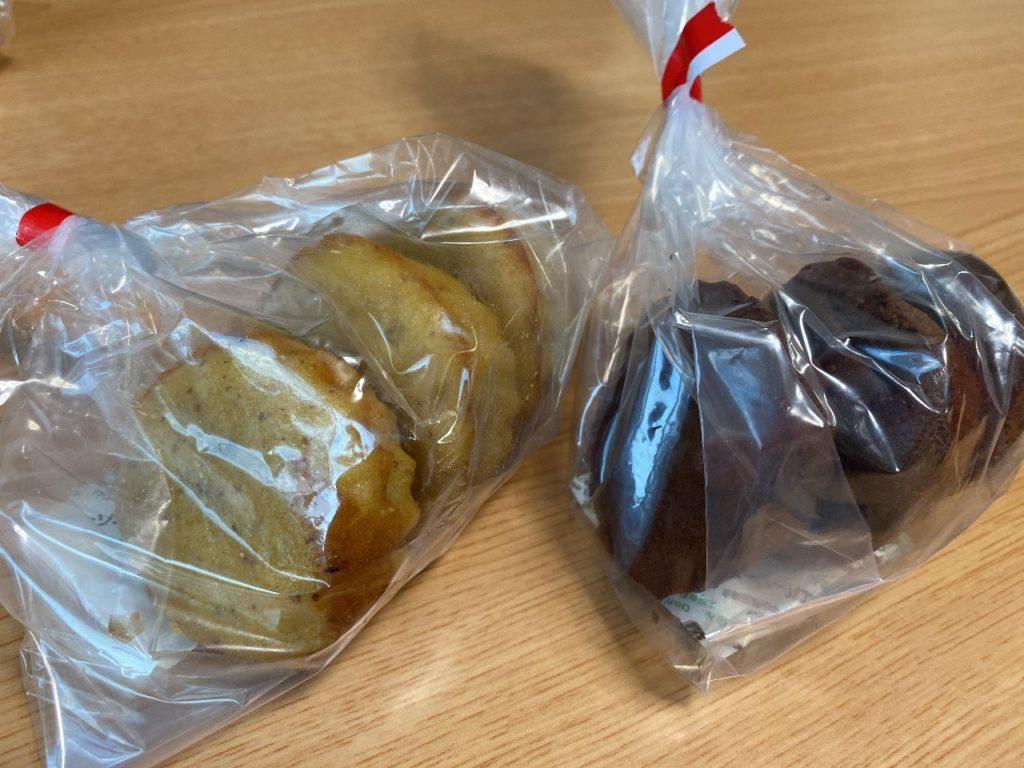 アヤベ洋菓子 2個で400円の焼き菓子